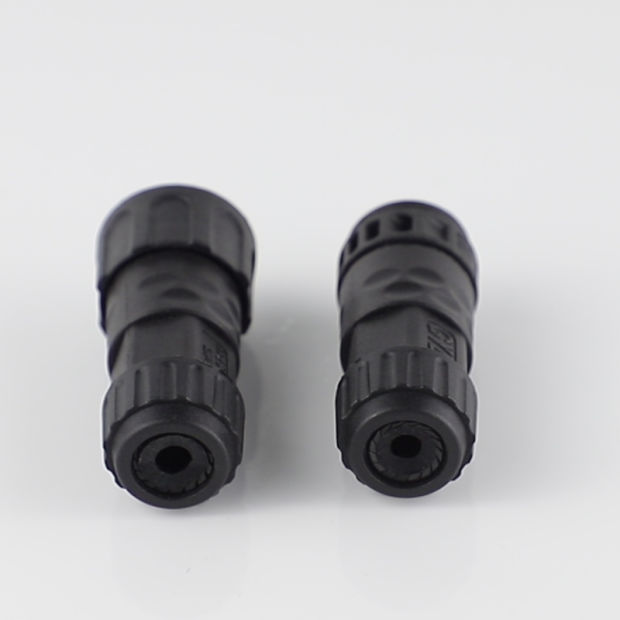 Hot Sell Male and Female Assembled M12 4 Pin Plug Connectors